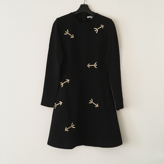 carven アロー柄 ワンピース