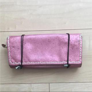 エンリーべグリン(HENRY BEGUELIN)のエバゴス ebagos 長財布 メタリック ピンク とっても使いやすい(財布)
