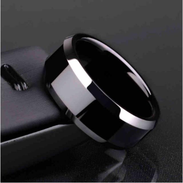 チタンブラックリング (ブラック)  メンズのアクセサリー(リング(指輪))の商品写真