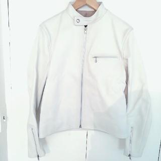 サイ(Scye)のScye サイ レザーシングルライダースジャケット ホワイト レディース 36(ライダースジャケット)