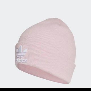 アディダス(adidas)のアディダスピンクニット帽Fサイズ(ニット帽/ビーニー)