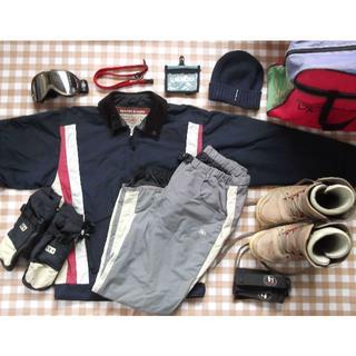 バートン(BURTON)の装備一式 バートンのウェアグローブブーツ4点セット&他6点 ジャンク品【送料込】(ウエア/装備)