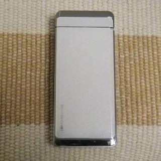 エヌティティドコモ(NTTdocomo)の未使用♪ ドコモ SH906i [SSH01-900] ホワイト(携帯電話本体)