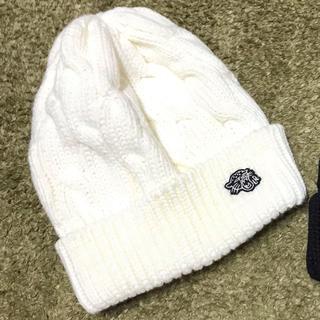ダブル(DOWBL)のlibeiro ロゴニットキャップ 帽子 白 未使用(ニット帽/ビーニー)