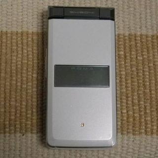エヌティティドコモ(NTTdocomo)の未使用♪ ドコモ SH904i クリスタルホワイト [SSH01-453](携帯電話本体)