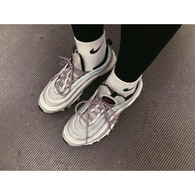 NIKE(ナイキ)のAirmax 97 og 期間限定出品、最終価格 メンズの靴/シューズ(スニーカー)の商品写真