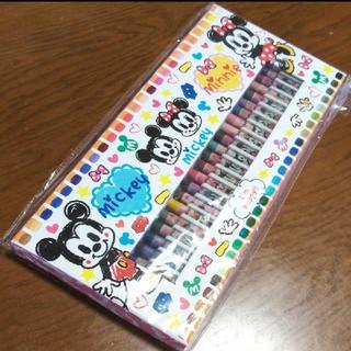 ディズニー(Disney)のミッキークレヨン 50色 新品未使用(クレヨン/パステル )