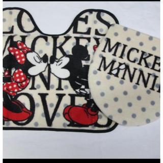 ディズニー(Disney)の新品ミッキーミニートイレマット カバーの2点セット(トイレマット)