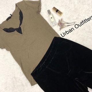 アーバンアウトフィッターズ(Urban Outfitters)のTシャツ(Tシャツ(半袖/袖なし))