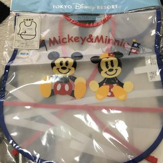 ディズニー(Disney)のミッキー&ミニー  食事用エプロン(お食事エプロン)