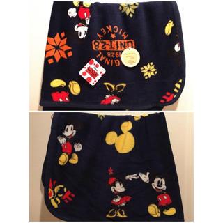 ディズニー(Disney)の新品 ブランケット ハーフケット ミッキー  ミニー1枚 紺色 ②(毛布)