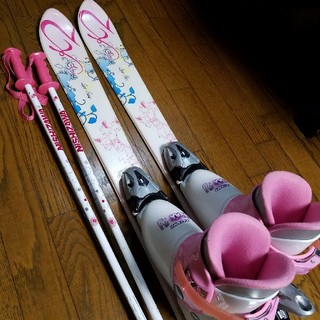 ケーツー(K2)のジュニアスキー4点セット 女の子 (板)
