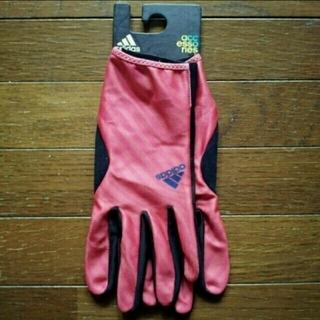 アディダス(adidas)の新品⭐adidasグローブ  sizeL(25~26㎝)です  2900円+税(手袋)