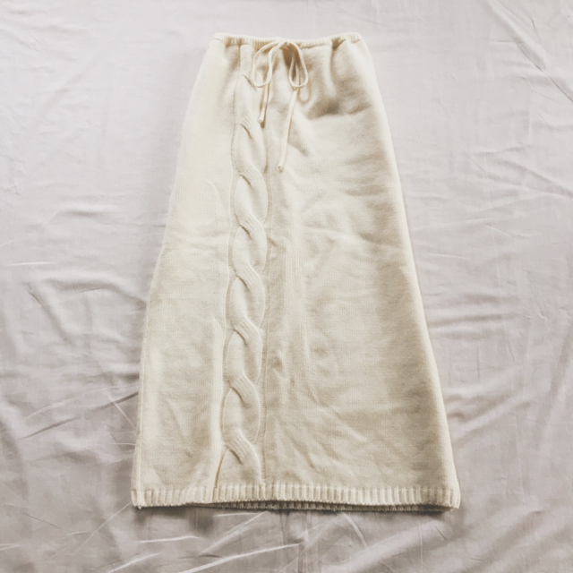 DRIES VAN NOTEN(ドリスヴァンノッテン)の15日までお取り置き中 専用 レディースのパンツ(カジュアルパンツ)の商品写真