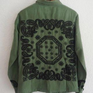 イロコイ(Iroquois)のイロコイ バンダナ柄刺繍ベイカーシャツ(シャツ)