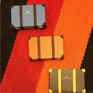 グローブトロッター(GLOBE-TROTTER)の新品未使用 送料無料 グローブトロッター 名刺 カード ケース オレンジ(名刺入れ/定期入れ)