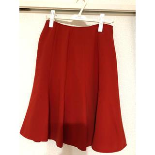 エムエフエディトリアル(m.f.editorial)の赤 スカート(ひざ丈スカート)