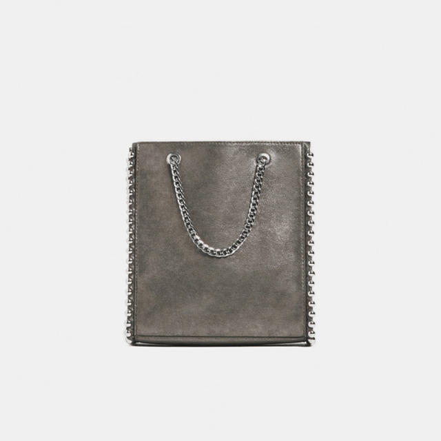 ZARA(ザラ)のZARA 新品 スタッズ付きミニトートバッグ レディースのバッグ(トートバッグ)の商品写真