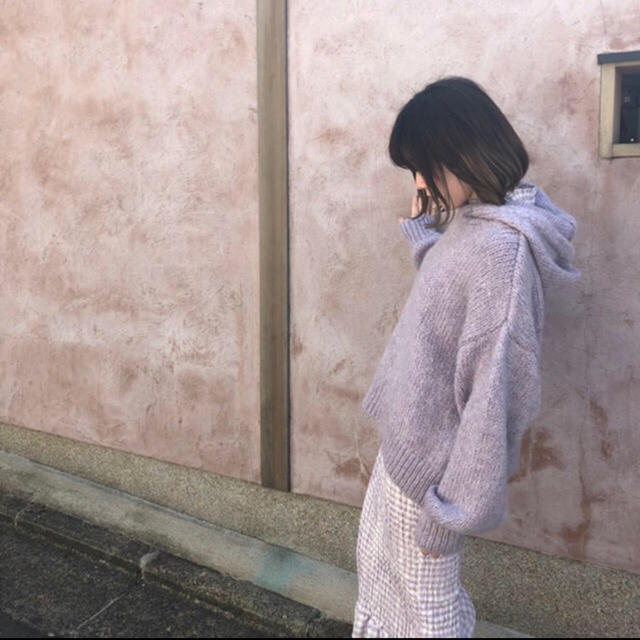 ZARA(ザラ)の売り切ります。ZARA フード付きセーター ニット レディースのトップス(ニット/セーター)の商品写真