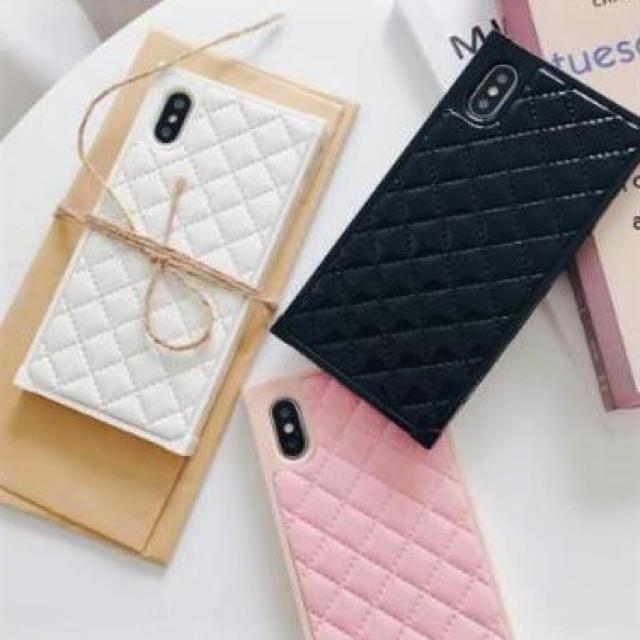 プラダ iphonex カバー 本物 | レザーキルティング☆新品☆スクエア型iPhoneケース 7/8/xの通販 by matsuhana's shop|ラクマ