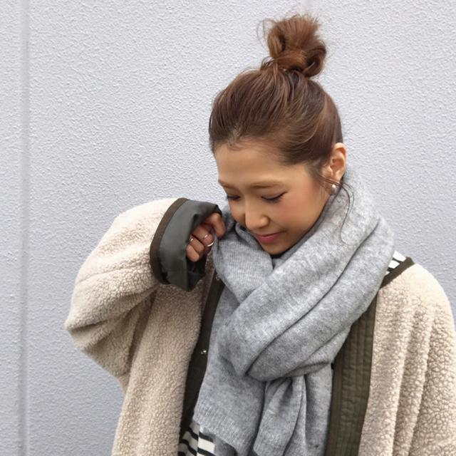 ZARA(ザラ)のザラのニットストール ベーシックスカーフ マフラー グレー レディースのファッション小物(マフラー/ショール)の商品写真