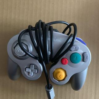 ゲームキューブコントローラー シルバー