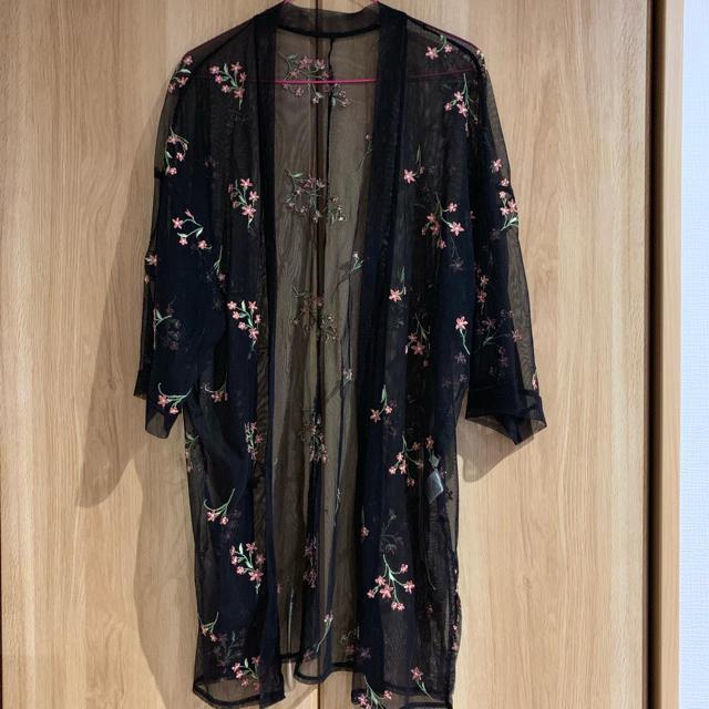 GU(ジーユー)のジーユー カーディガン 羽織 花柄 レディースのトップス(カーディガン)の商品写真