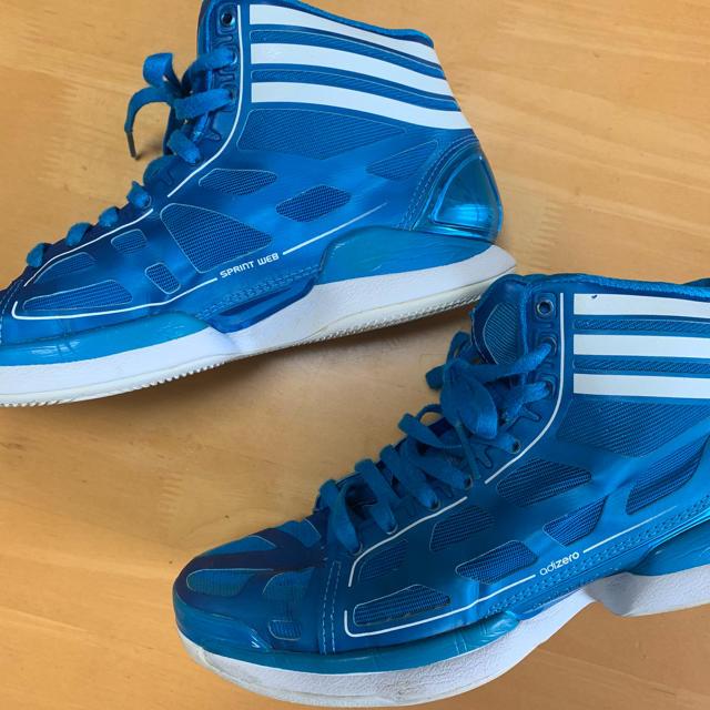 adidas(アディダス)のバッシュ  アディダス 27.5cm スポーツ/アウトドアのスポーツ/アウトドア その他(バスケットボール)の商品写真