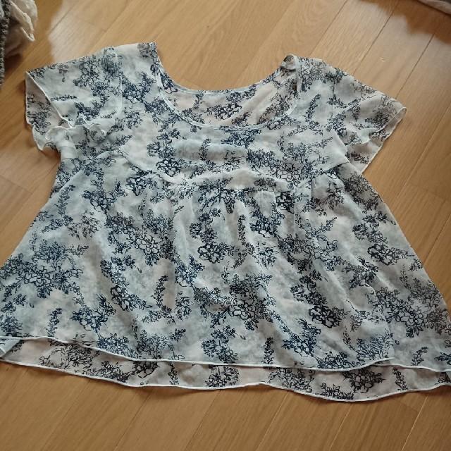 GU(ジーユー)のジーユー Mサイズ トップス 半袖 レディースのトップス(カットソー(半袖/袖なし))の商品写真