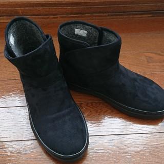 クロックス スエード ブーツ