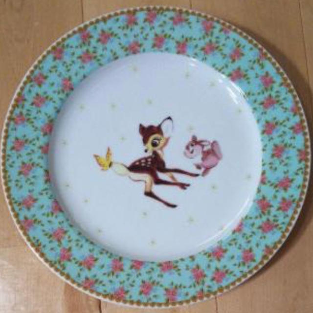 Disney(ディズニー)のバンビ お皿 ディズニー インテリア/住まい/日用品のキッチン/食器(食器)の商品写真