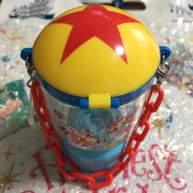 Disney(ディズニー)のピクサープレイタイム スナックケース エンタメ/ホビーのおもちゃ/ぬいぐるみ(キャラクターグッズ)の商品写真