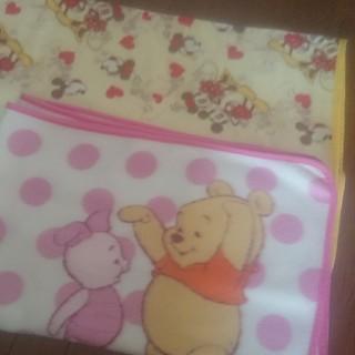 ディズニー(Disney)のディズニー ブランケット2枚  ミッキー&ミニー、くまのプーさん(おくるみ/ブランケット)