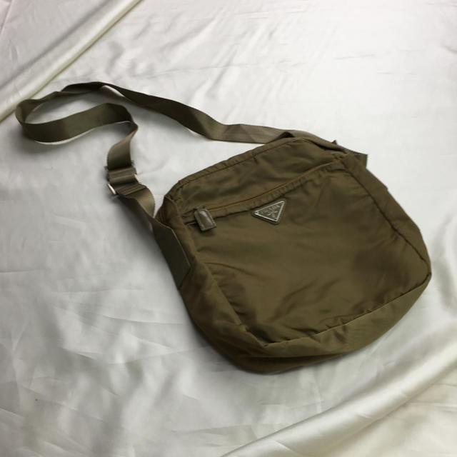 PRADA(プラダ)のプラダショルダーバック レディースのバッグ(ショルダーバッグ)の商品写真