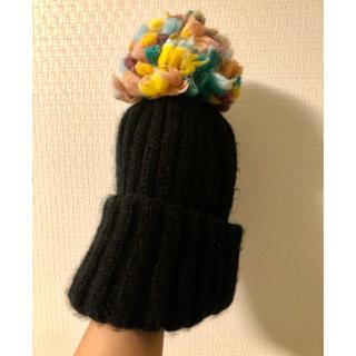 ザラ(ZARA)のzara ザラ ポンポンニット帽 ニット帽 ブラック マルチカラー(ニット帽/ビーニー)