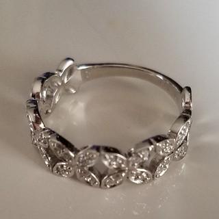 【美品】フラワーモチーフダイヤモンドリング☆K18☆10.5号(リング(指輪))