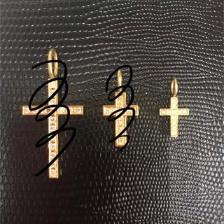 エスオーエスエフピー(S.O.S fp)のSJX クロスチャーム k18 イエローゴールド(ネックレス)