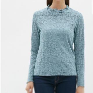 ジーユー(GU)の(試着のみ)値下げ済 GU の レースフリルネックT  Sサイズ ブルー(Tシャツ(長袖/七分))