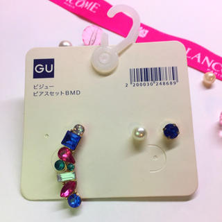 ジーユー(GU)のGU ピアス セット アクセサリー ビジュー 新品 未使用(ピアス)