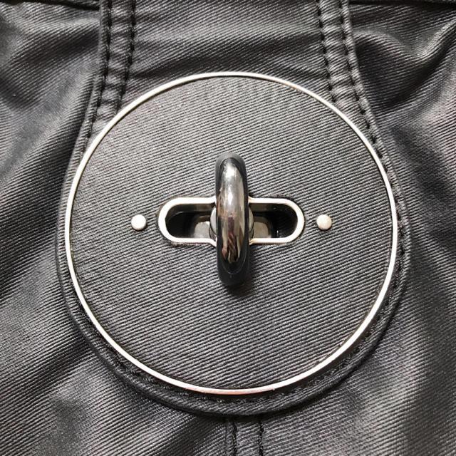DIESEL(ディーゼル)のDIESEL ディーゼル 黒 バッグ メンズのバッグ(ボストンバッグ)の商品写真