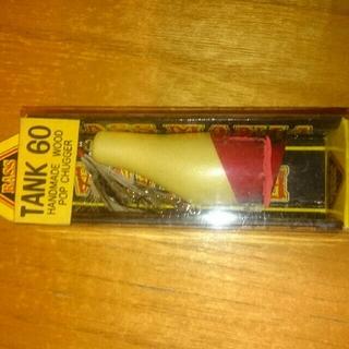 ティムコ(Tiemco)のバスマニア  TANK60(ルアー用品)