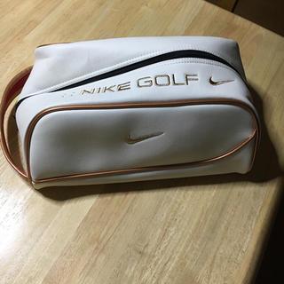 ナイキ(NIKE)の美品 ナイキ ゴルフ用シューズバッグ シューズケース(バッグ)