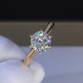 【1カラット】輝くモアサナイト ダイヤモンド リング K18(リング(指輪))