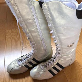 アディダス(adidas)のadidasのボクサーブーツ(ブーツ)