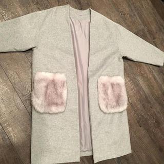 ジーユー(GU)のGU ファーポケット ノーカラーコート(毛皮/ファーコート)