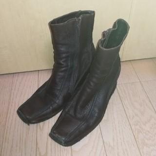 サヤ(SAYA)のSAYA サヤショートブーツ コゲチャ色 24cm(ブーツ)