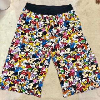 ディズニー(Disney)のミッキー 総柄 ハーフパンツ(ハーフパンツ)