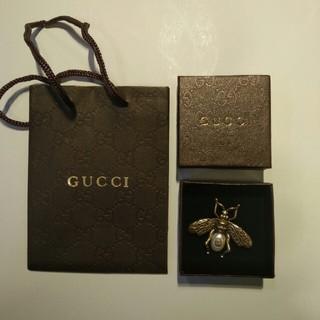 グッチ(Gucci)のgucci ブローチ(ブローチ/コサージュ)