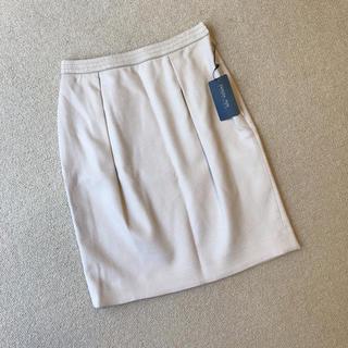 パトリツィアペペ(PATRIZIA PEPE)のPATRIZIA PEPE  新品タグ付き 春 タイトスカート(ひざ丈スカート)