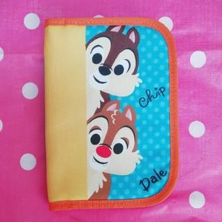 ディズニー(Disney)のチップとデールの通帳ケース・母子手帳・保険証入れに…(母子手帳ケース)